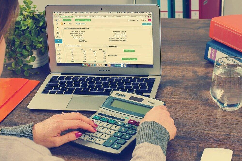 câștigurile pe internet de la 2021 dolari cumpărați skoda pentru tranzacționare